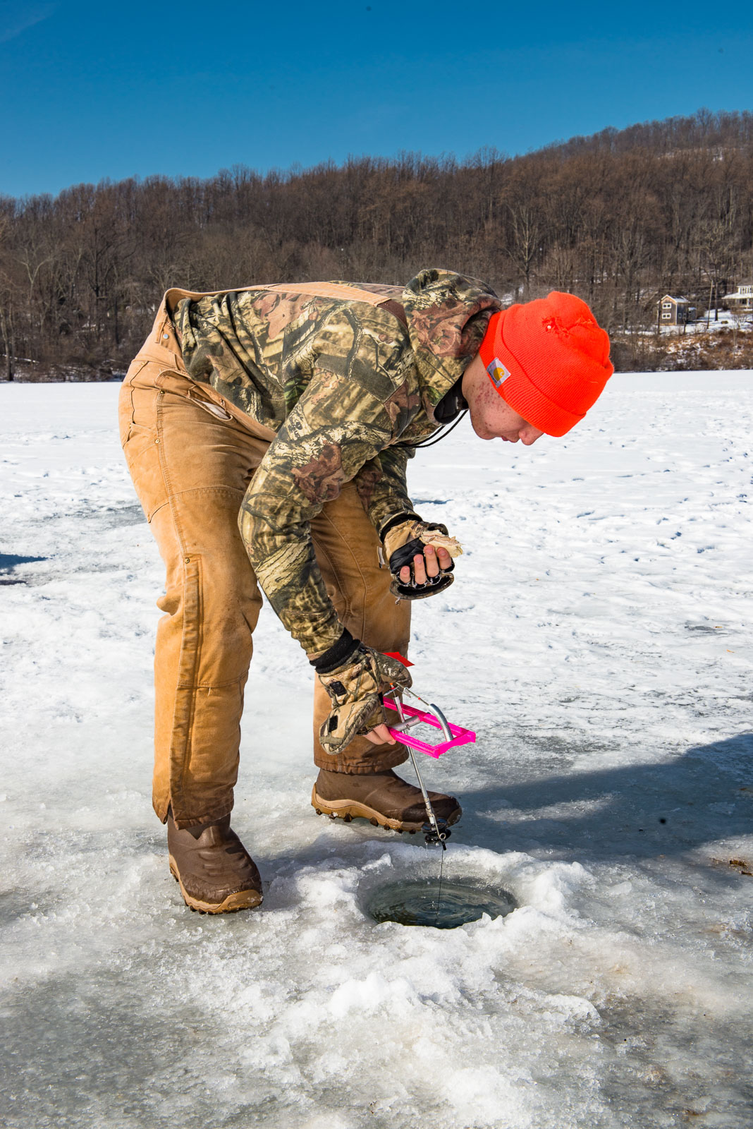 ice_fishing_nj_1